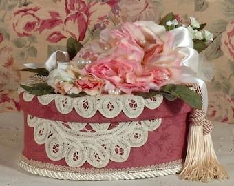 Victorian Keepsake / Trinket / Hat  Box - Medium Oval - Vintage Style - Hand Decorated