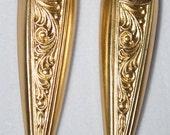 Victorian Brass Floral Spike Drop 4pc