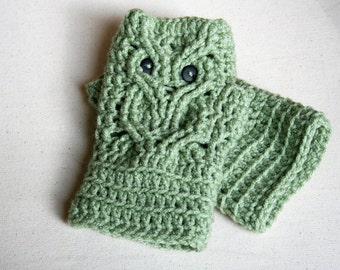 Handmade Owl Fingerless Gloves - You pick the color, Owl wristlets