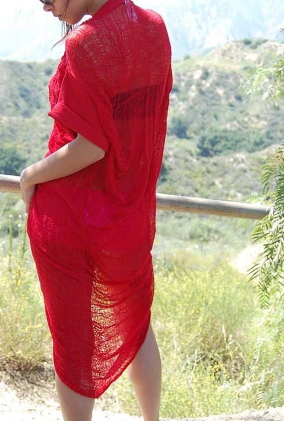 Shredded Tunic Shirt in Red