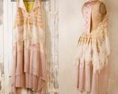 Bohemian wedding dress Lace dress 1920s wedding dress Beach wedding dress Hippie boho dress Pink wedding dress Backless wedding dress