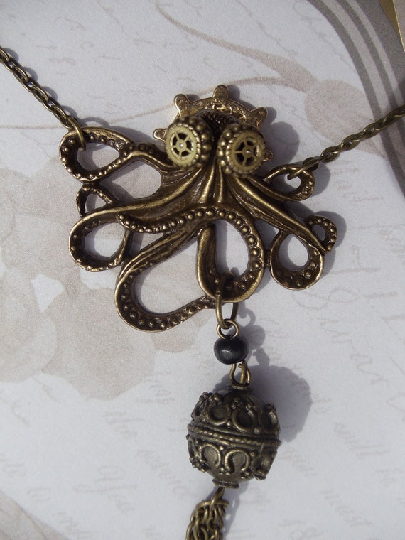 Octopus steampunk pendant, Octopus necklace with custom goggles, adorned with vintage jewelry