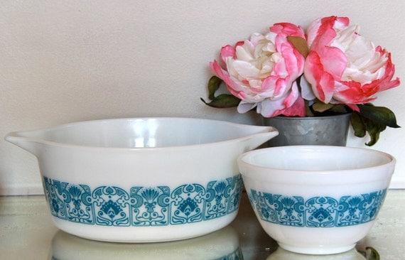 Vintage Pyrex Ovenware Set  - Casserole Dish & Small Mixing Bowl - Horizon Blue Pattern