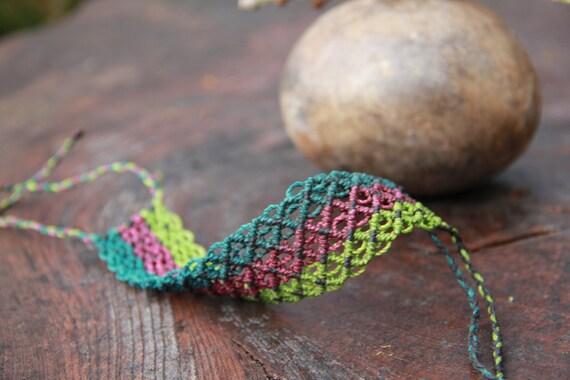 macrame bracelet green and purple