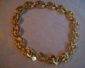 Vintage Anne Klein goldtone chunky swirl Necklace toggle clasp