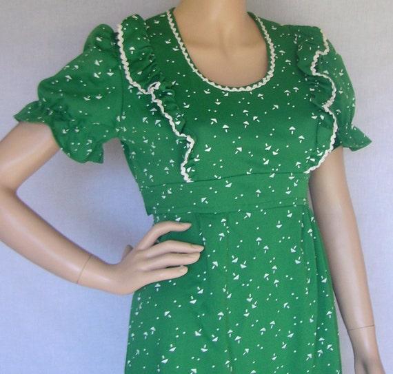Vintage 70s dress / Green Dress / Boho Dress / Mini Dress / Vintage Dress / Hippie Dress /   hippie Mini Dress / Dolly Dress