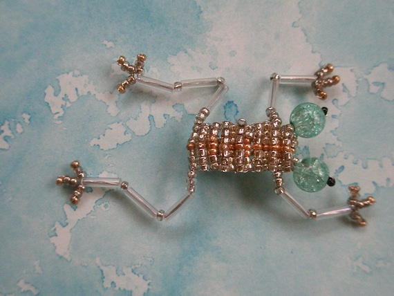 Glass Beaded Frog Pin