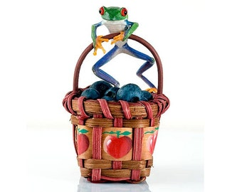 Frog Art for Kitchen, Kitchen Art, Blueberries Wall Art