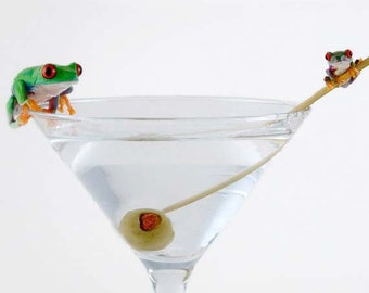 Bar Art - Frogs on Martini Glass - LIVE Frogs - Happy Hour