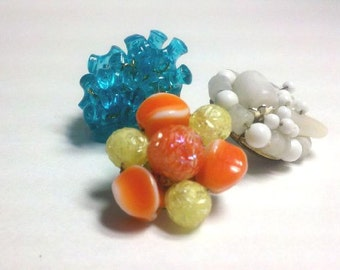 Turquoise, Orange, and White Fun Spring and Summer Colors 1960's Blossom Bead Earring Push Pins 3pc Set