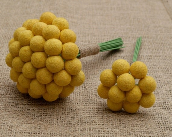 Toss Bouquet Wedding Bridal Maid of Honor Yellow Craspedia Flowers, Needle Felt, Everlansting, Billy Button Balls, Classic Country Bride