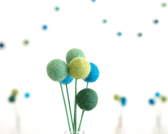 Wedding Table Setting Decorations, Blue and Green Craspedia Flowers, 20 Needle Felted Billy Button Flowers, Felt Flowers, Bohemian Bride