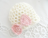 NEWBORN HAT, cream and pink hat, crochet hat, baby hat,soft cotton,girls hats, summer trends, summer hat, happy, sweet,