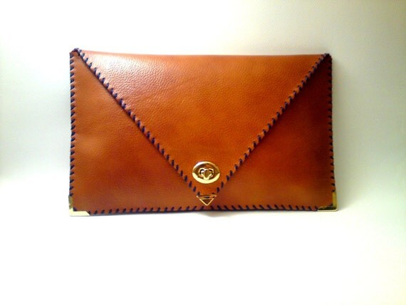 Handmade brown leather clutch / Italian leather