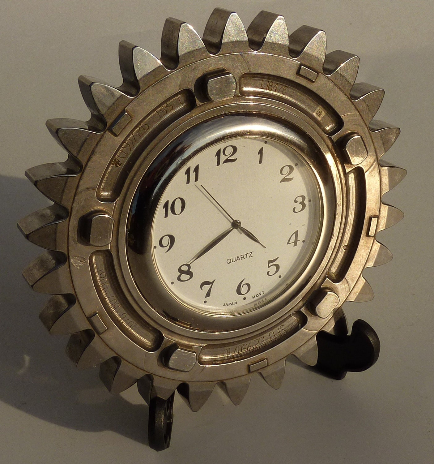 silver gear office desk bedside clock made from a honda f1 car