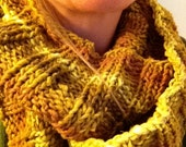 Items similar to Easy Ribbed Infinity Scarf Knitting ...