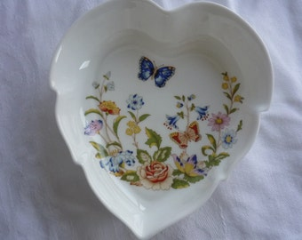 Aynsley China Cottage Garden Heart Shaped Leaf