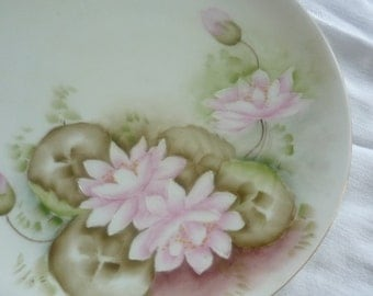 Lovely Moritz Zdekauer Made in Austria Handpainted Plate