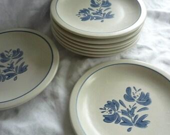 Great Set of Two Pfaltzgraff Yorktowne Dinner Plates