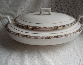 Vintage Homer Laughlin Covered Vegetable Serving Dish Oval Rose Pattern Ivory Gold Trim