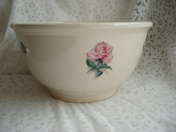 Vintage Bowl Homer Laughlin  Household Institute Rhythm Rose Kitchen Kraft Bowl 1950s