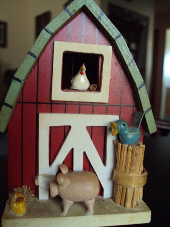 this is a vintage music box shaped like a barn from thepresedentspalace