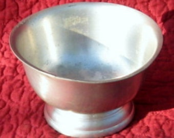 Vintage 1970's Pewter Paul Revere Bowl Reproduction by WEB Silver and Pewter Co.
