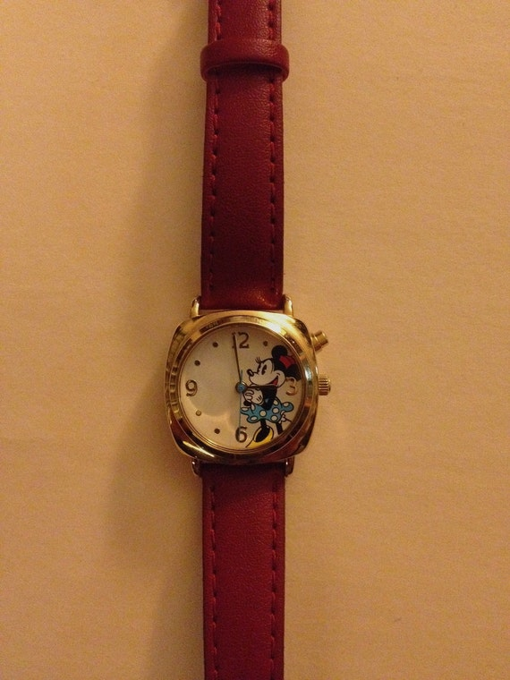 vintage minnie mouse watch