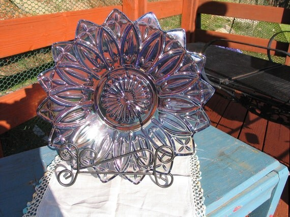 Clear Purple Iridescent Flower shaped Carnival Glass Serving Platter BB1