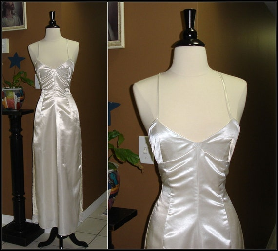 BOORESERVED / Late 1970s Early 1980s / Silver Screen / Disco Sex in a Dress / Evening Gown / Prom Dress / in Silk Opal White / Small
