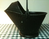 Vintage Reeves Rustic Black Metal Coal Scuttle/Bucket with covered spout