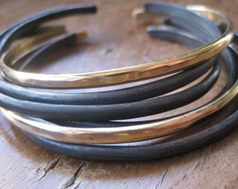Set of 6 Black and Gold Hammered Stacking Cuff Bracelets