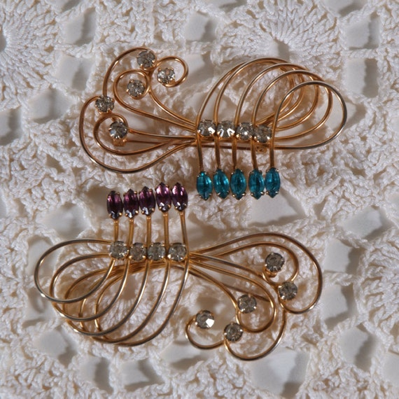 Pair vintage brooches Amythest Aqua Rhinestone