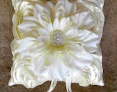 Customizable Ivory Satin Rosette Taffeta Wedding Bridal Vintage Style Ring Bearer Pillow Accessories Pearl Brooch Custom Made Your Colors