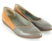Women's Vintage Italian Bruno Magli Two Tone Leather Flats US 6, EU 37