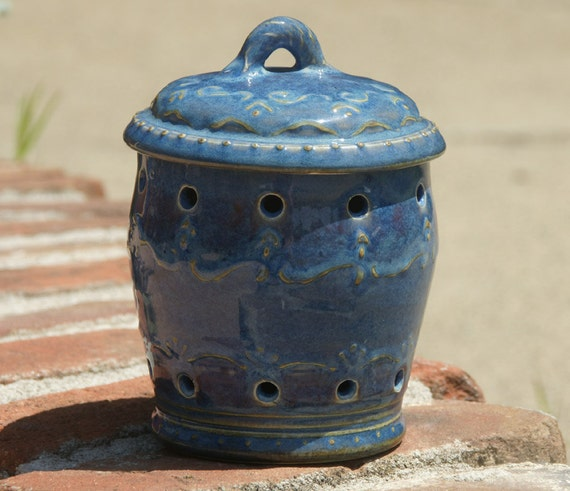 Blue Garlic Keeper  with slip trailed design - hand thrown pottery