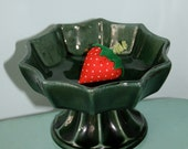 Vintage Green Hull Pedestal Vase Retro Beauty