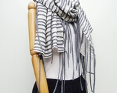 NO.4   Off White/Grey Cotton Corded Striped Appliqué Scarf