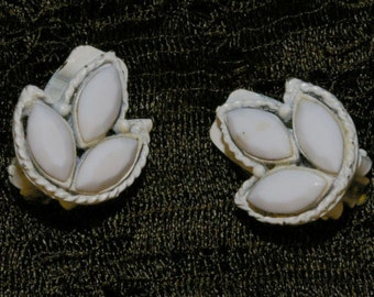 Vintage White Petal Leaf Clip On Earrings 1960s