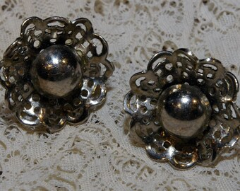 Unique Vintage Silver Tone Ruffled Metal Lace Flower Screw Back Earrings 1960s