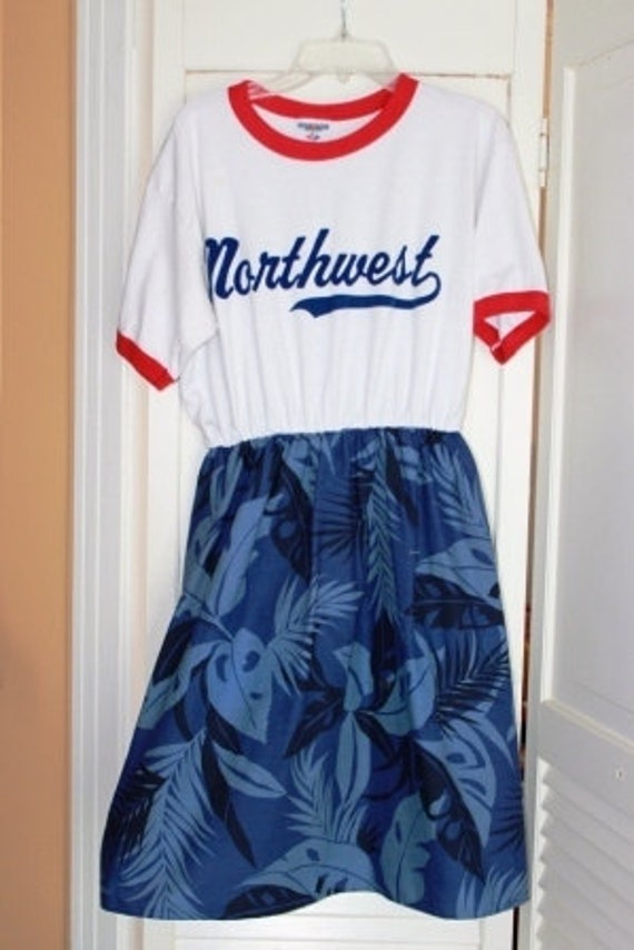 SALE End of Season MARKDOWN- Med Northwest Ringer Tee tshirt dress