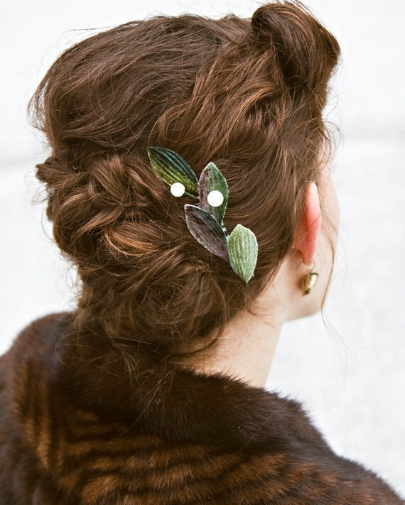 Vintage Leaf and Jadeberry comb, made to order