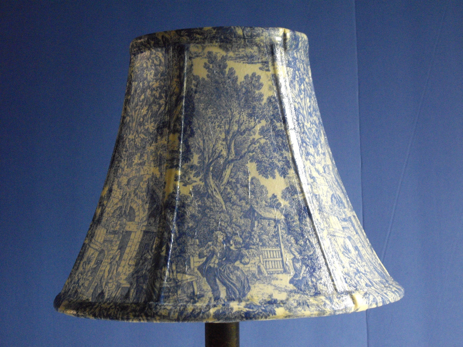 Decoupage Lampshade Using Blue Toile Paper