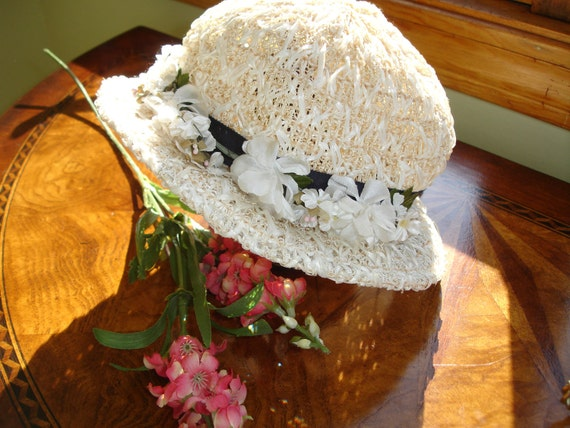 Easter Bonnet Child Size circa 1930's Straw hat Adorable
