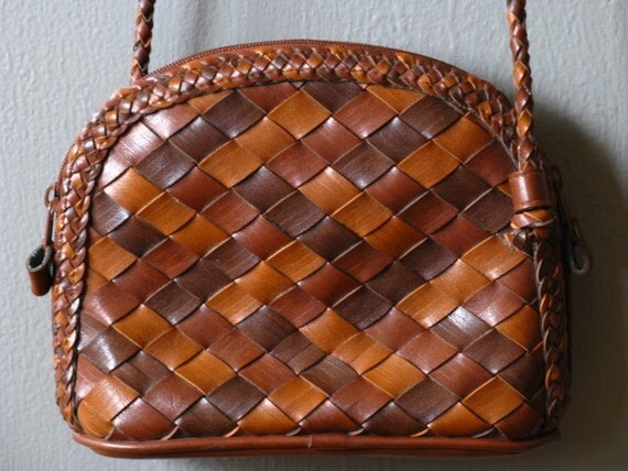 Vintage Brown Woven Leather Cross Body Purse Faux Leather