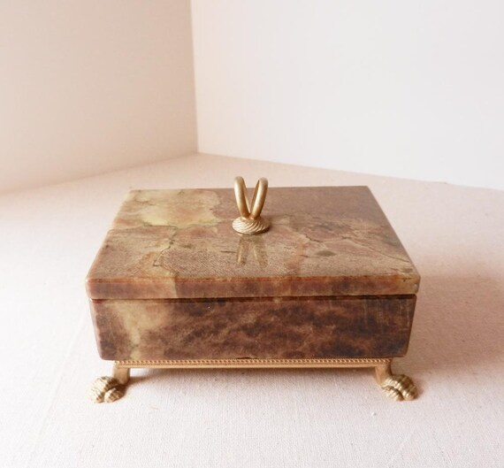 Handcrafted Box Alabaster Italian Gilt Decoration