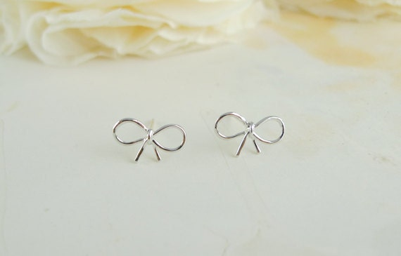 tiny small cute silver bow earrings