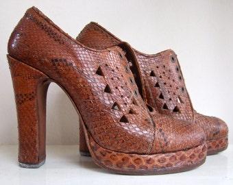 Snake skin platform shoes | 1970s
