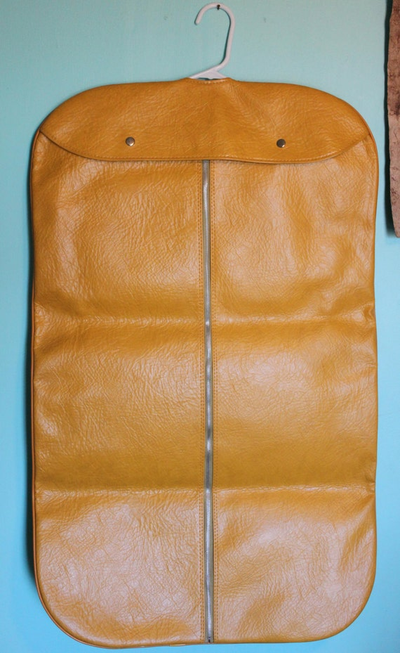 Vintage YELLOW Gold Faux Leather Vinyl Hanging Garment Bag Excellent Condition