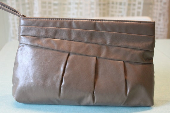 1980s Retro Dark Tan/ Taupe Clutch Purse Vinyl with fabulous Rouching/ Darts/ Pleats and  hand strap